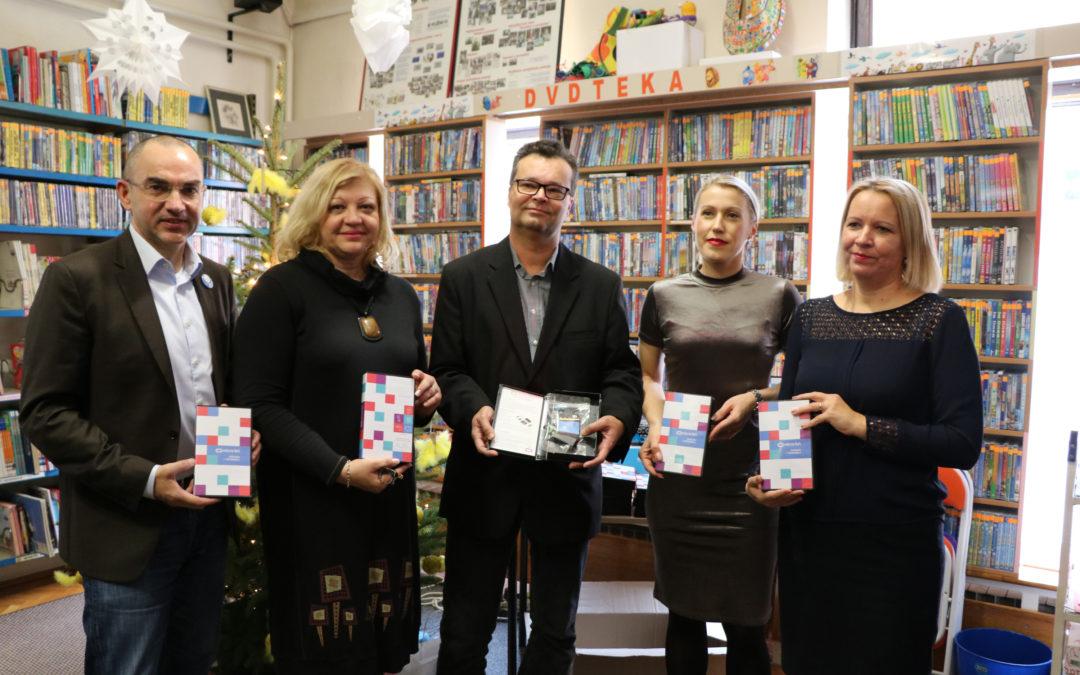 Narodna knjižnica i čitaonica Vlado Gotovac u Sisku – donacija micro:bitova