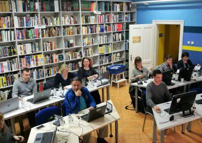 Edukacije knjižničara i 3D printeri u knjižnicama