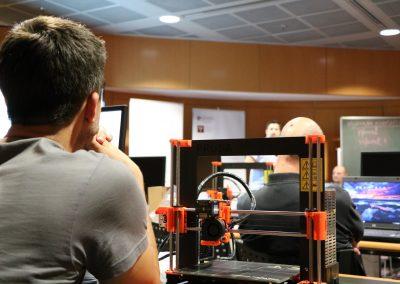 Edukacija knjižničara za korištenje 3D printera u knjižnicama