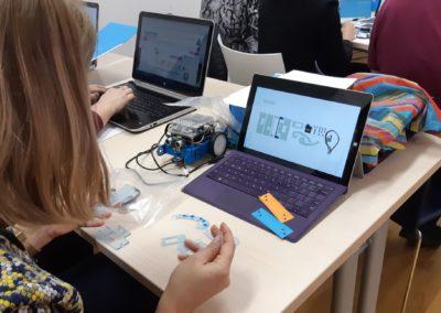 Peti ciklus STEM auta – robotska hvataljka za Croatian Makers ligu