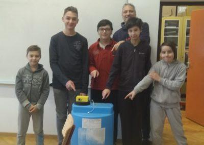 """OŠ """"Vladimir Nazor"""" Križevci pomaže lokalnoj zajednici IoT uređajem"""